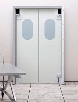 mayatnikovye-medicinskie-plastikovye-dveri