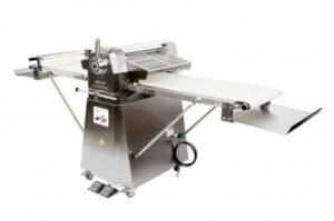Тестораскаточная машина напольная Danler KDF-520